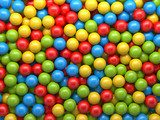 In depths of colours – walls of balls