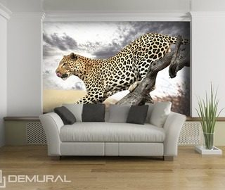 jumping leopard animals wallpaper mural photo wallpapers demural