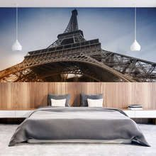 Resting-under-the-cult-tower-eiffel-tower-wallpaper-mural-photo-wallpapers-demural
